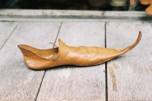 Medieval_shoe, by Marieke Kuiijer, CrComm Attrb-SA